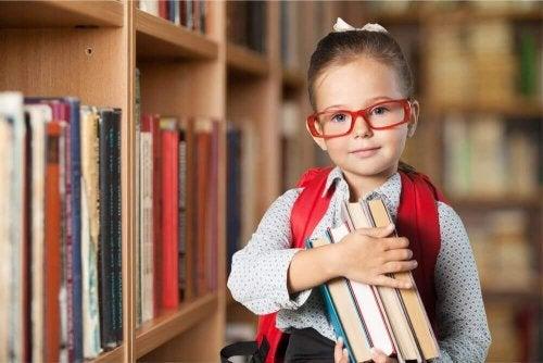 5 Χαρακτηριστικά που έχουν τα χαρισματικά παιδιά