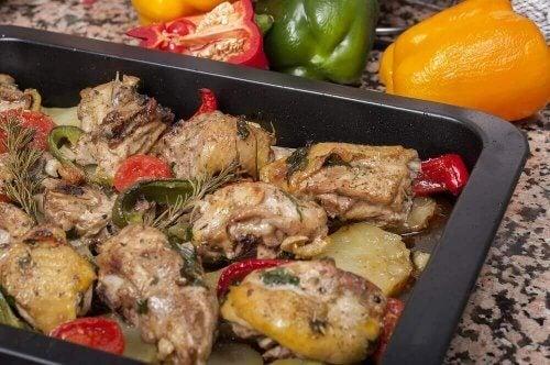 4 Υπέροχες συνταγές για ψητό κοτόπουλο με πατάτες