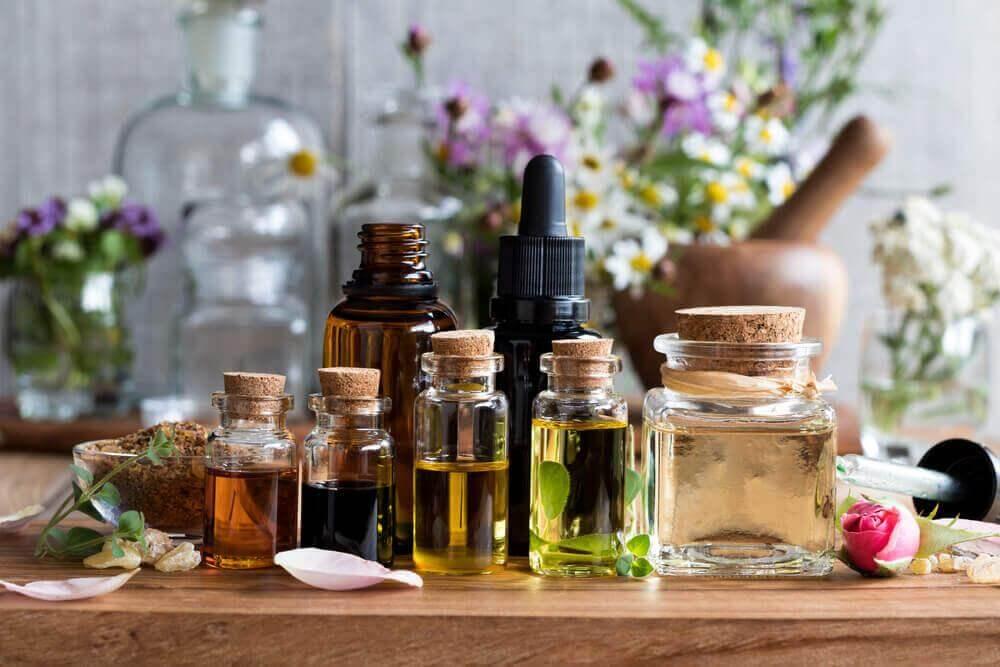 Απίστευτες φυσικές θεραπείες - Αιθέρια έλαια