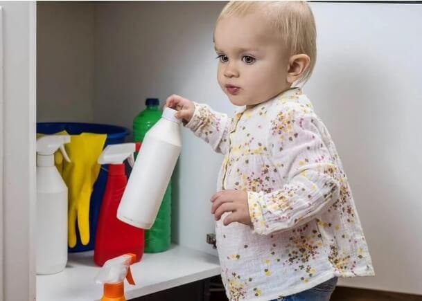 καθαριστικά προϊόντα στο σπίτι