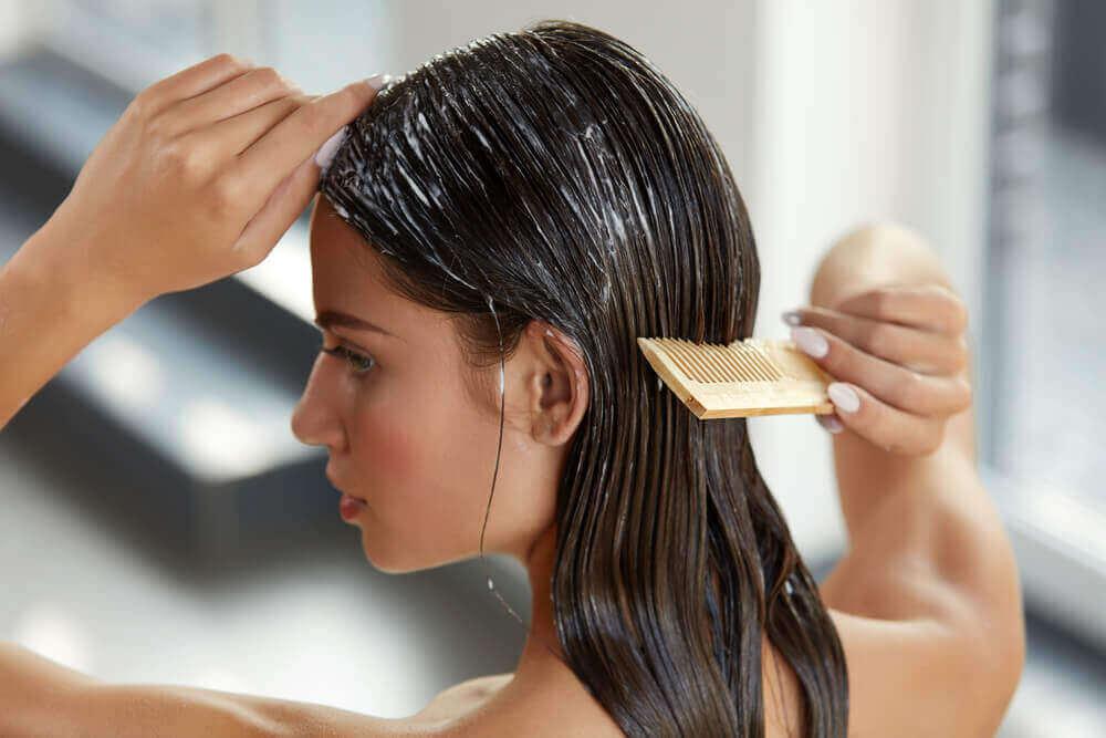 Πως να απαλλαχτείτε από την ψαλίδα των μαλλιών!