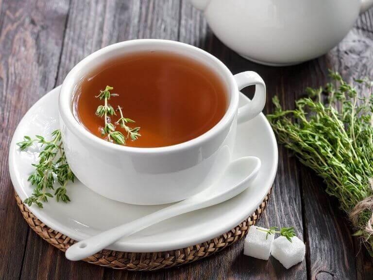τσάι από θυμάρι