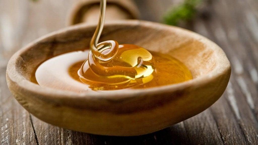 αποτοξινωτικές θεραπείες με μέλι