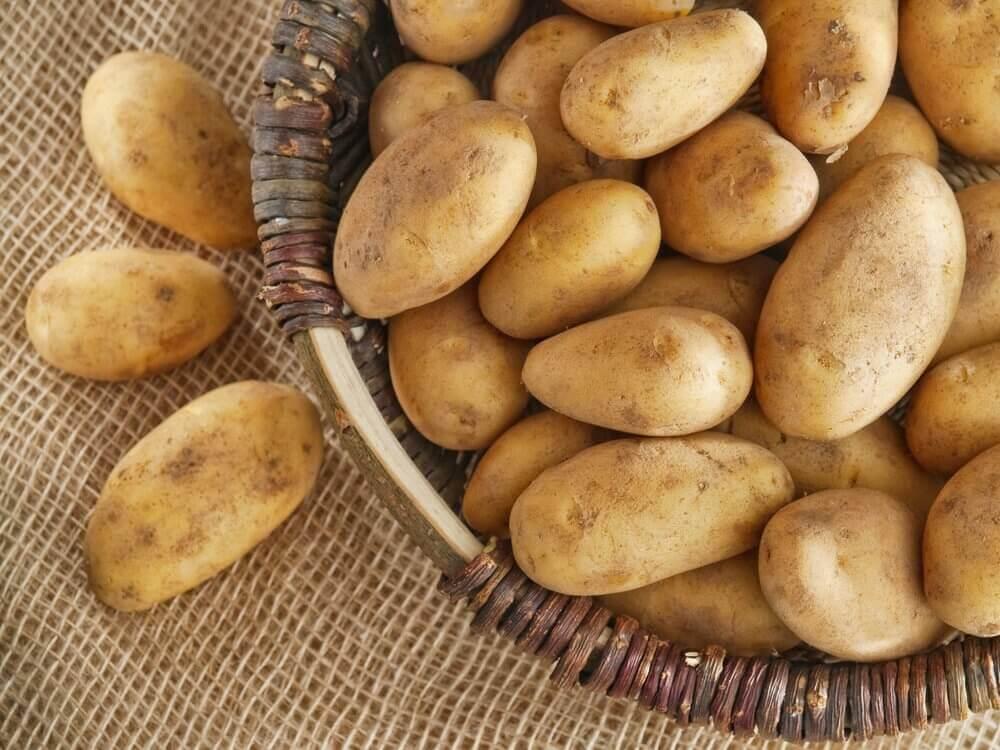 πατάτες για λάμψη στις μασχάλες