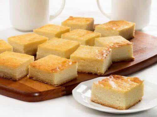 Πώς να φτιάξετε cheesecake με cottage cheese χωρίς φούρνο