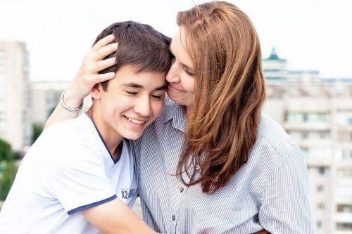 Μητέρα με τον γιο της