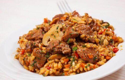 Μοναδική συνταγή για κινέζικο ρύζι με κοτόπουλο και μέλι