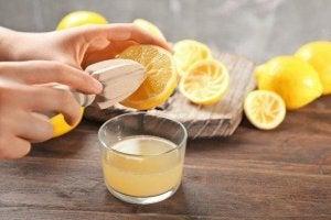 Δίαιτα με λεμόνια: τι πρέπει να γνωρίζετε πριν την ακολουθήσετε