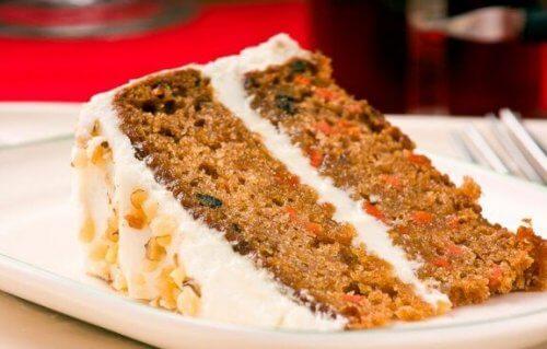 Βέγκαν κέικ καρότου