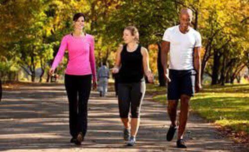 Το καθημερινό περπάτημα: δείτε τα 6 οφέλη του