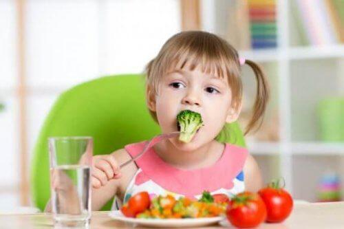 Έξι συνταγές που θα βοηθήσουν το παιδί σας να φάει λαχανικά