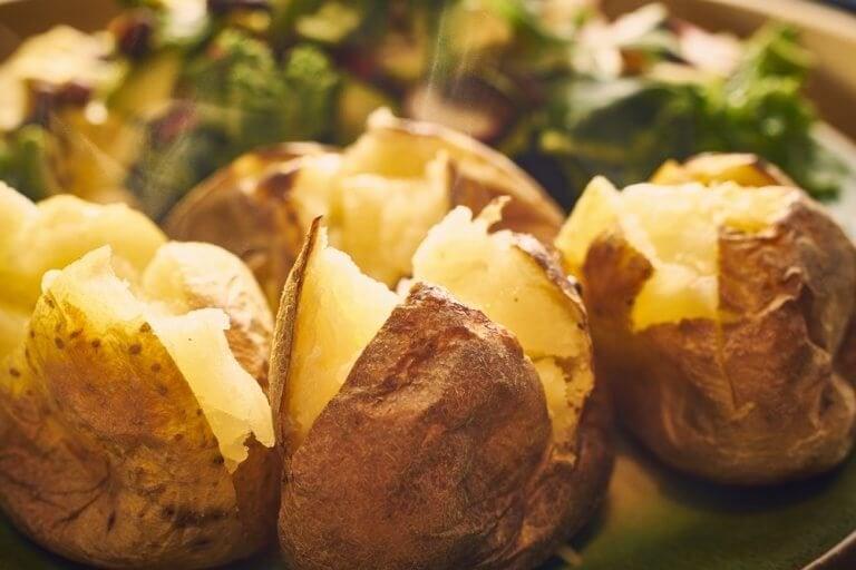 Συνταγές με πατάτες για ψητές απολαύσεις