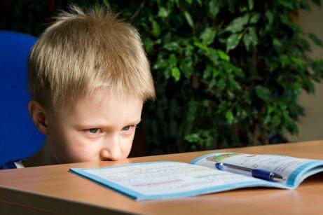 Παιδί με μαθησιακές δυσκολίες