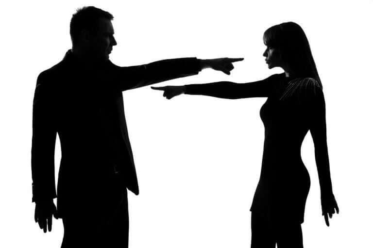 Σύντροφοι αλληλοκατηγορούνται