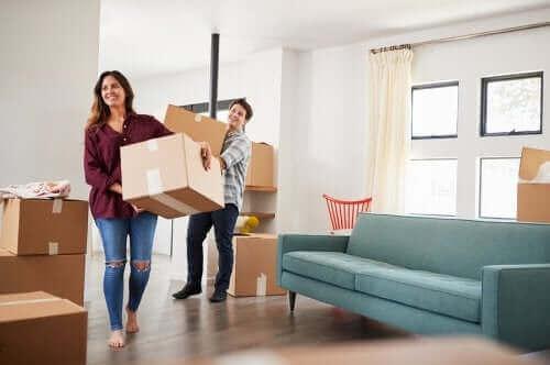 Καλές στρατηγικές για να καθαρίσετε πριν μετακομίσετε