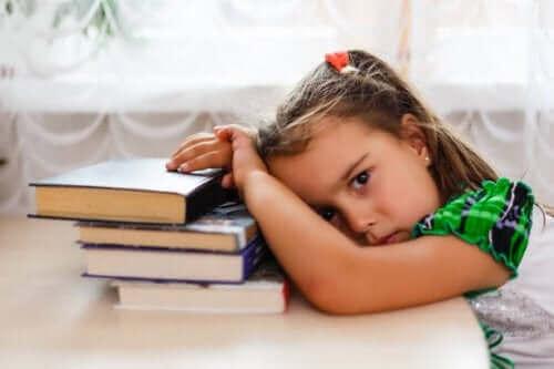 Κοριτσάκι κουρασμένο