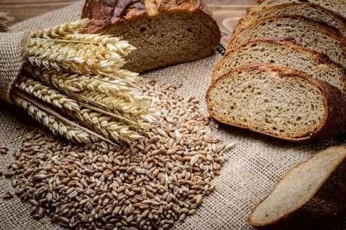 Πώς να φτιάξετε ψωμί σικάλεως με σπέλτα