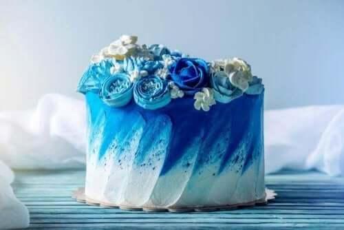 Μπλε γαμήλια τούρτα