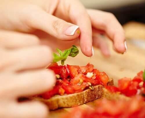 Δοκιμάστε αυτές τις εύκολες ιδέες για χορτοφαγικά σνακ