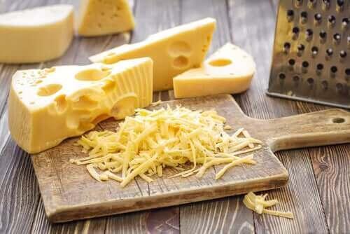 Σκληρά τυριά