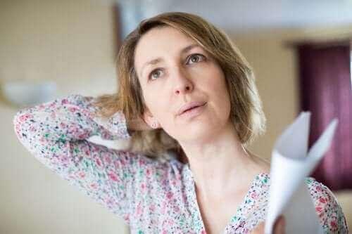 Εξάψεις στην εμμηνόπαυση: Τι πρέπει να γνωρίζετε