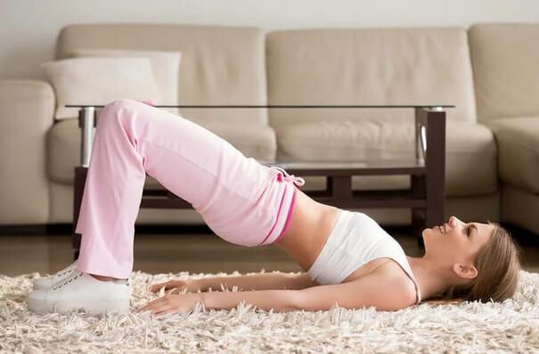 5 σπιτικές ασκήσεις για την καραντίνα του κορωνοϊού