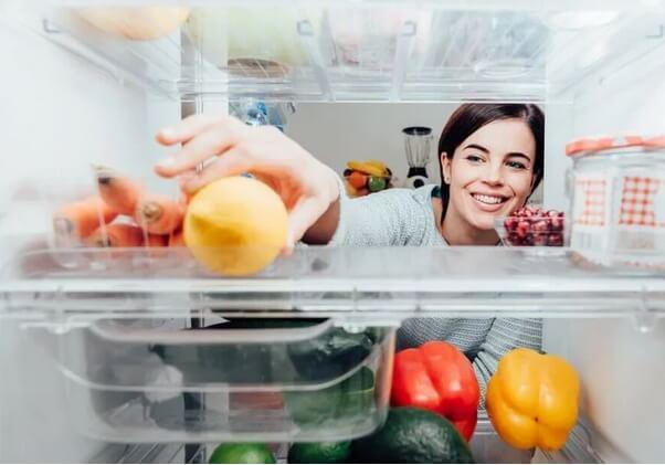 Λεμόνι σε ψυγείο