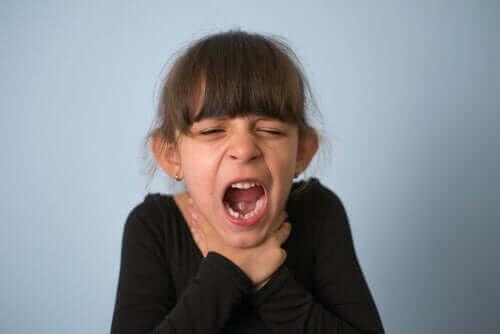 Πνιγμός στα παιδιά: Τι να κάνετε και πώς να τον αποτρέψετε