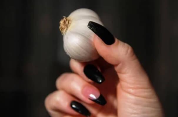 Σκόρδο: μύθοι για τον κορωνοϊό