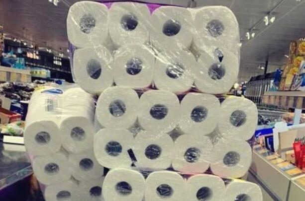 Κορωνοϊός: Γιατί όλοι αγοράζουν χαρτί υγείας;