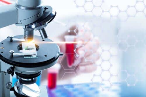 Υγρή βιοψία: Τι είναι και πότε πρέπει να γίνεται