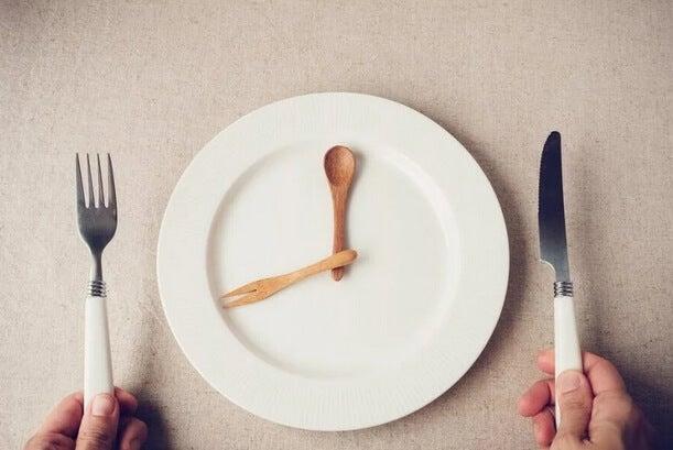 καραντίνα: Πώς να τρώτε λιγότερο