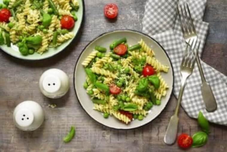 φθηνές συνταγές με μακαρόνια