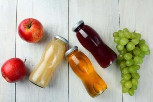 Χυμοί φρούτων και φρούτα