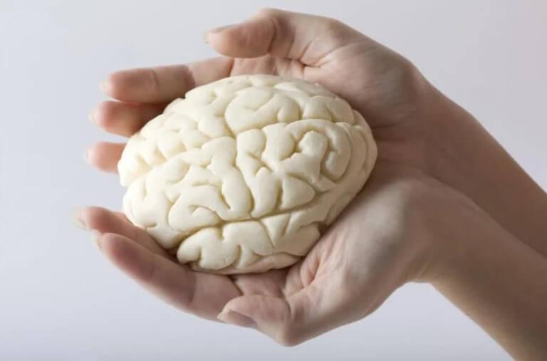 Πώς ο κορωνοϊός επηρεάζει τον εγκέφαλο;