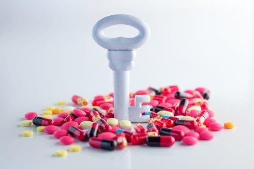 Κλειδί και αντιβιοτικά