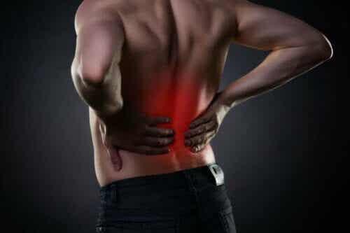 8 συνήθειες για να αντιμετωπίσετε τον πόνο στη μέση