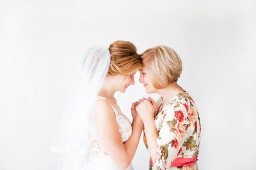 Τι να φορέσετε ως μητέρα της νύφης ή του γαμπρού