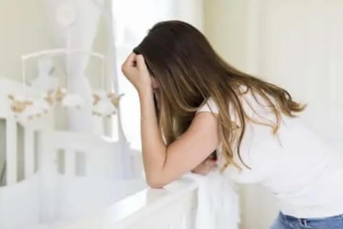 Πώς να διαχειριστείτε την κατάθλιψη μετά τον τοκετό