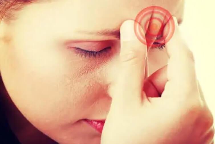 Πονοκέφαλος λόγω βήχα