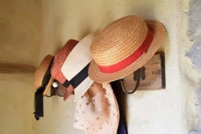 Πώς να φτιάξετε μόνοι σας μια κρεμάστρα για καπέλα