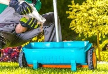 Λίπασμα από φυσικά συστατικά για τα φυτά σας