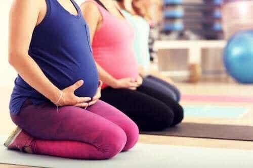 Pilates κατά την εγκυμοσύνη: Είναι καλή ιδέα;