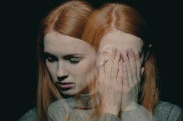 10 προειδοποιητικά συμπτώματα μιας ψυχικής ασθένειας