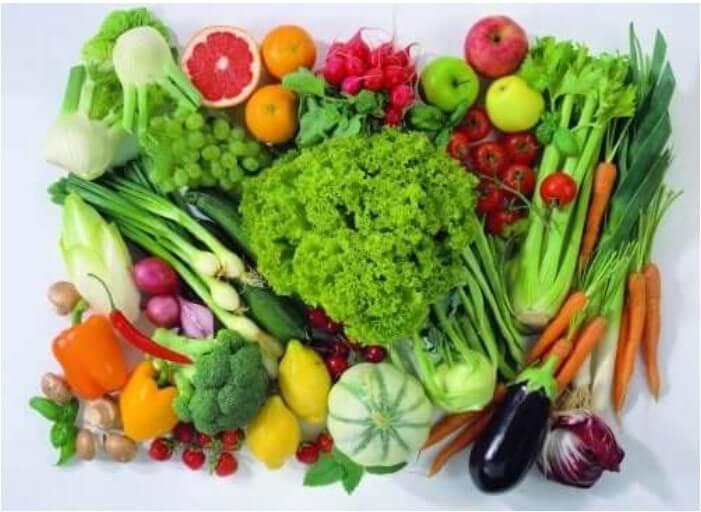Διάφορα φρούτα και λαχανικά