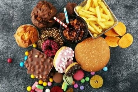 Διάφορα λιπαρά φαγητά