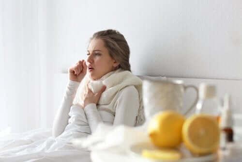 Πώς να ξεπεράσετε το κρυολόγημα στο σπίτι χωρίς φάρμακα