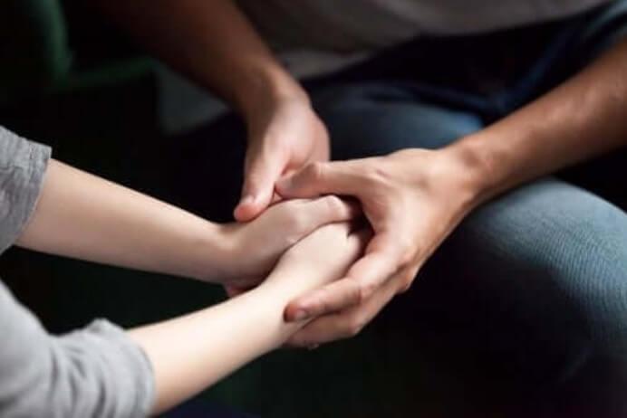 5 τρόποι να δείξετε στον σύντροφό σας ότι νοιάζεστε