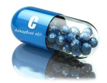 Ασκορβικό οξύ: Όλες οι χρήσεις και τα οφέλη του