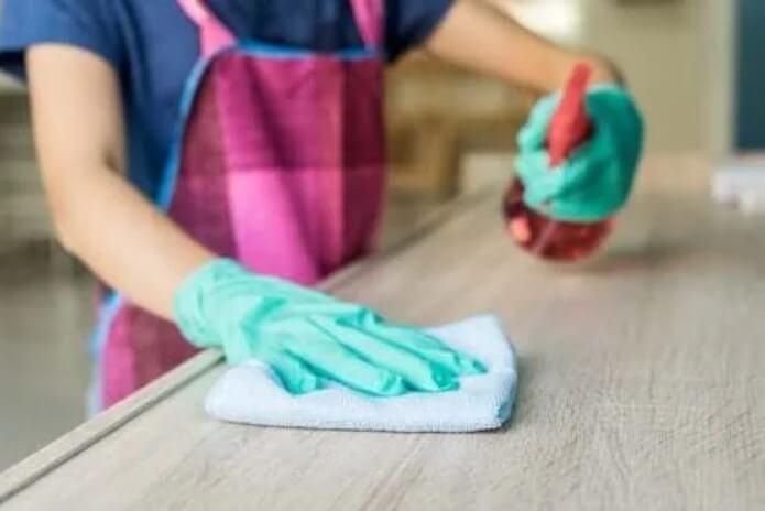 Καθαριστικό για ξύλα
